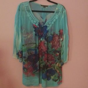 Floral sheer blouse  Womens 1x